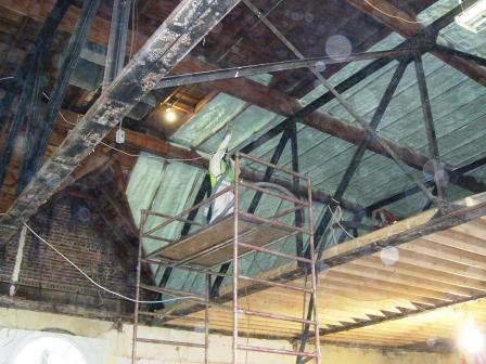 spray foam insulation for walls and ceiling both commercial and residential